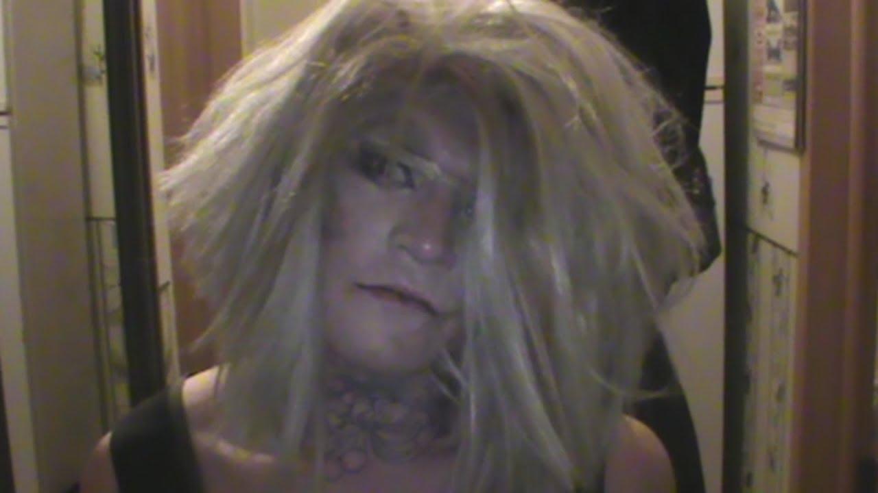 Гея-наркобарыгу-трансвестита крепят с мефедроном. Real video