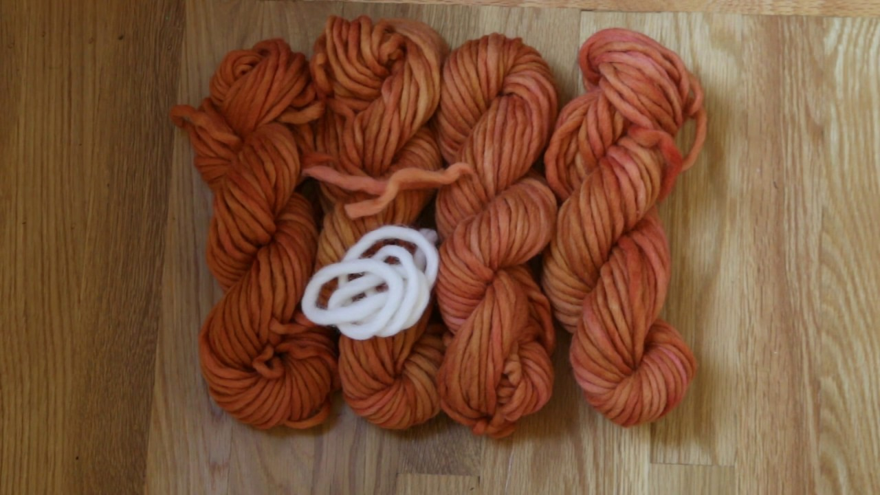 Dyeing Foxy Orange - Dyeing Wool with Food Coloring - YouTube