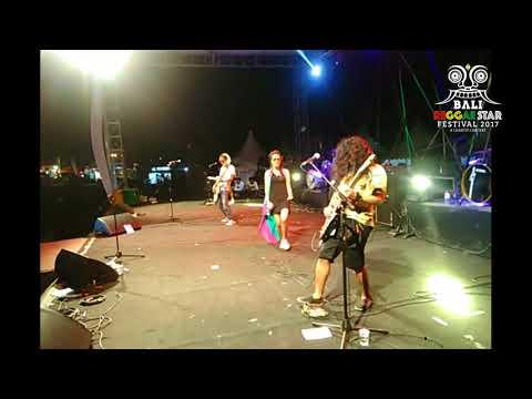 """KALUA live at Bali Reggae Star Festival 2017 """"Ngayal Lagi"""""""