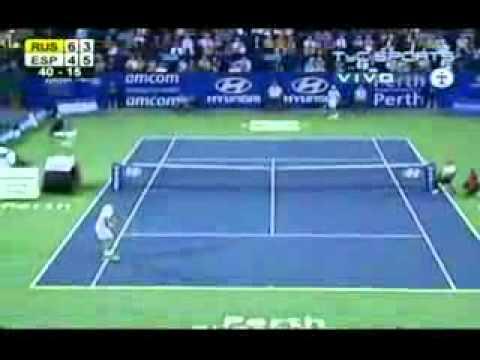 Dmitry Tursunov vs. Tommy Robredo - Final.avi