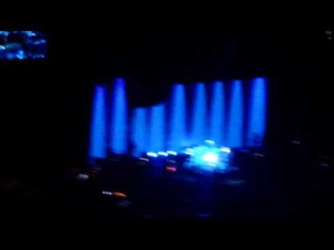 Fleetwood Mac the chain live o2