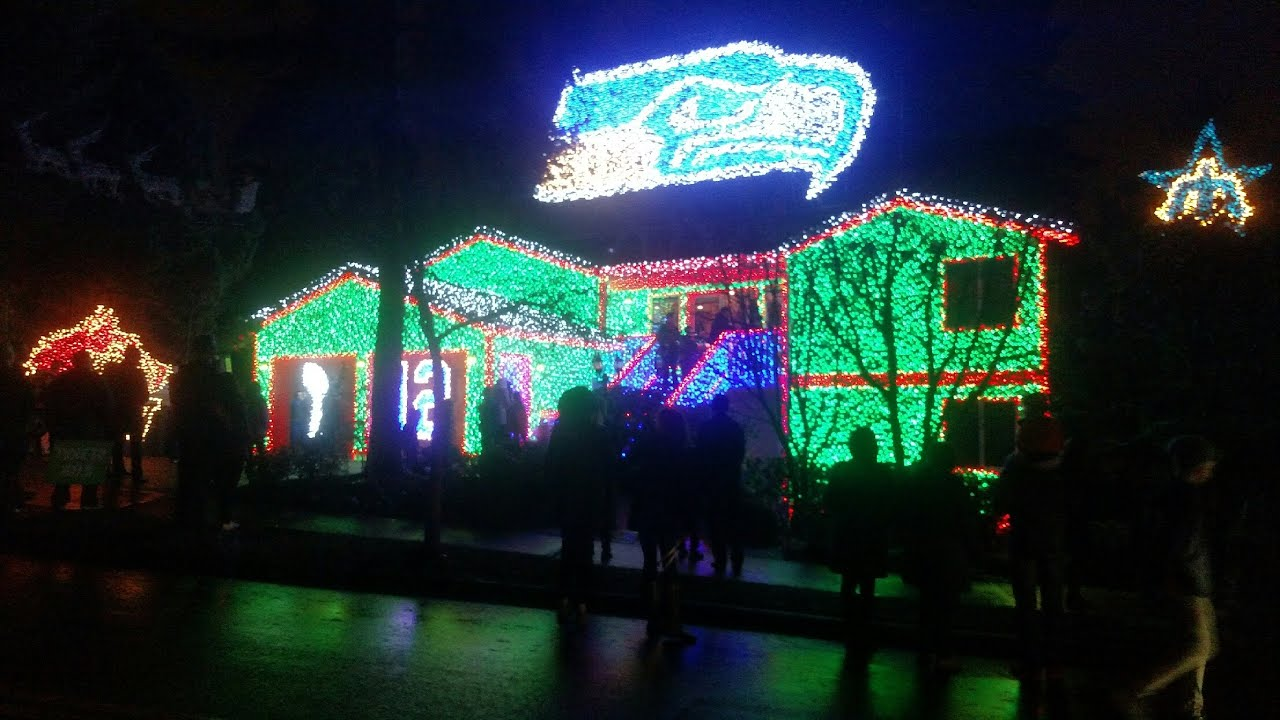 Seahawks Christmas Lights.Seattle Seahawks Light Show In Kirkland Wa