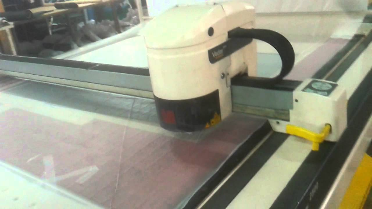 LECTRA Vector 2500 V3 Automated cutting machine - YouTube