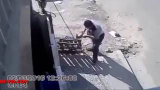 Grinder machine Accident
