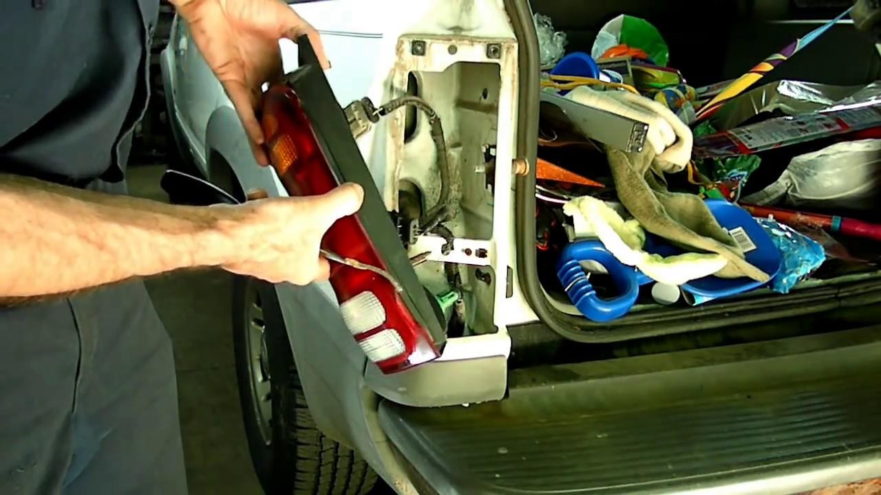 Ford Explorer Brake Tail Light Bulb Replacement