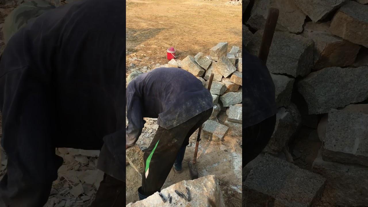 Khai thác và vận chuyển đá