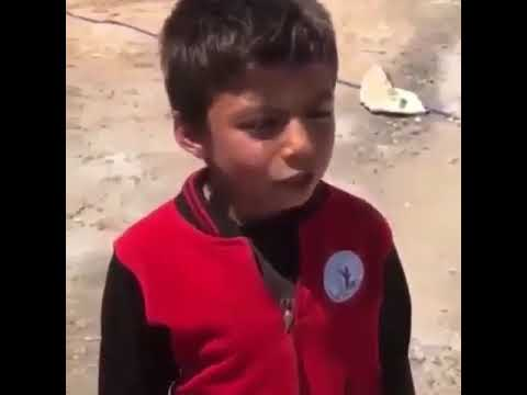 Komik Dua Okuyan Çocuk