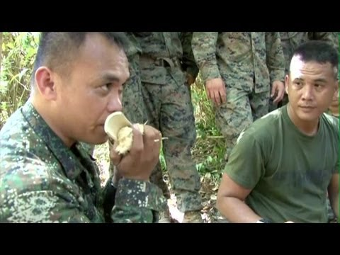 U.S. Marines Learn Jungle Survival Training from Philippine Marines