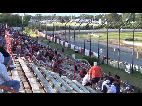 Sandusky Speedway MSA Supermodified heat race 6-2-12