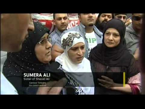 Birmingham Riot 2011: Winson Green Trial - Families hold an peaceful protest (ITV1 Central)