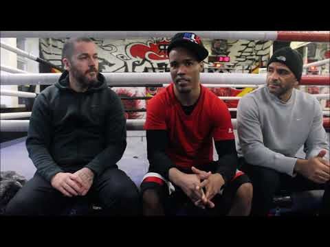 FORMER WORLD CHAMP ARGENIS MENDEZ: WITH TRAINERS LEE BEARD AND JOHN WILLIAMS