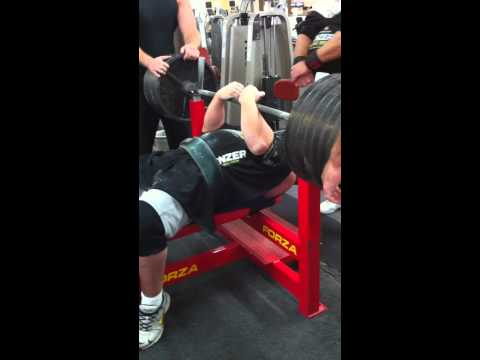 Robert Gorman Benching 700lbs Full Range
