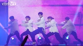[Mirrored] 옹성우 ONG SEONG WU Heart Sign 직캠 Pepsi Concert Performance