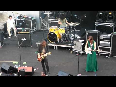"""Silversun Pickups """"Lazy Eye"""" Live!"""
