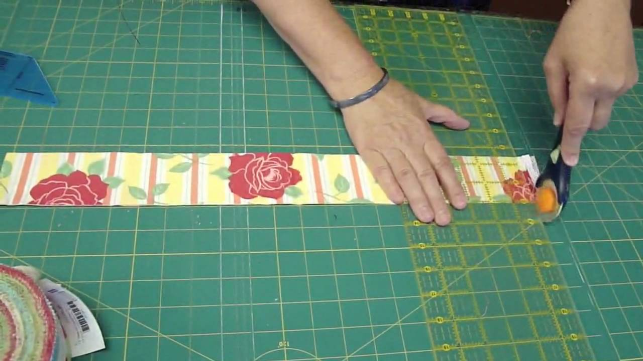 Make A Friendship Braid Quilt Using The Binding Tool Youtube