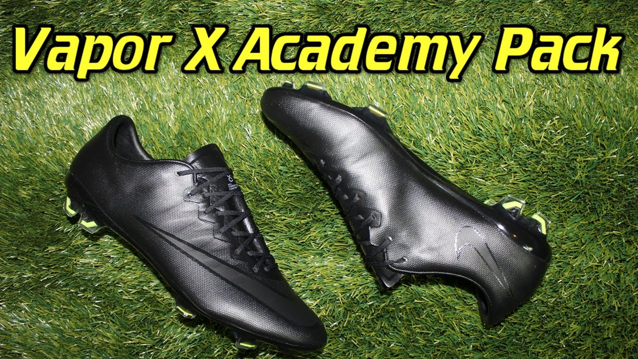 96a02d1d550 ... switzerland nike mercurial vapor 10 academy pack blackout review on  feet youtube b4373 92c1c