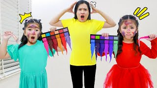 Annie and Suri Pretend Play with Colored Kinetic Sand Makeup and Bath Toys
