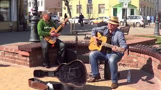 И опять классная песня на улице! Buskers! Street! Music! Song!