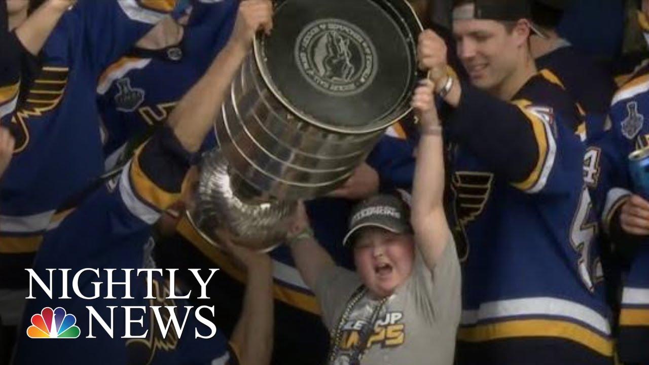St. Louis Blues Surprise Young Fan
