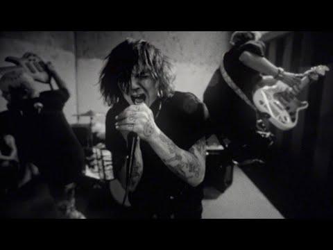 Sueco – Paralyzed [Music Video]