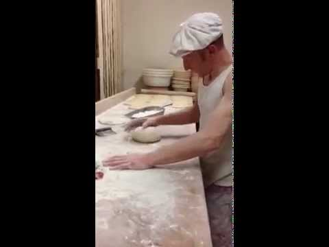 Le Pain de Molitg: shaping bread