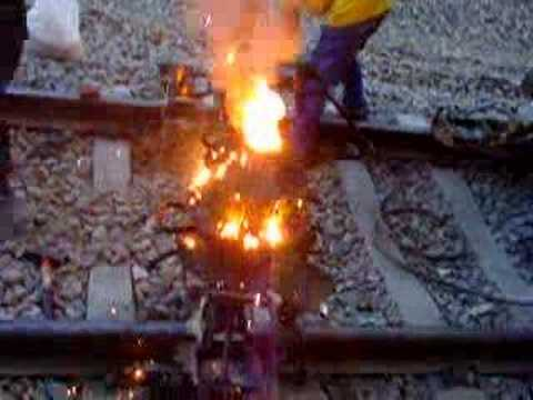 Thermite railroad welding - YouTube