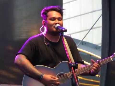 "Virgoun ""Last Child"" - Surat Cinta Untuk Starla At Jazz Traffic Festival Surabaya 19/08/2017"