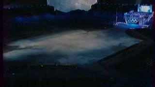 Garou  (Гару) на церемонии открытия олимпиады в Канаде(Garou (Гару) на церемонии открытия олимпиады в Канаде. Гару по национальности армянин., 2010-07-10T09:25:11.000Z)