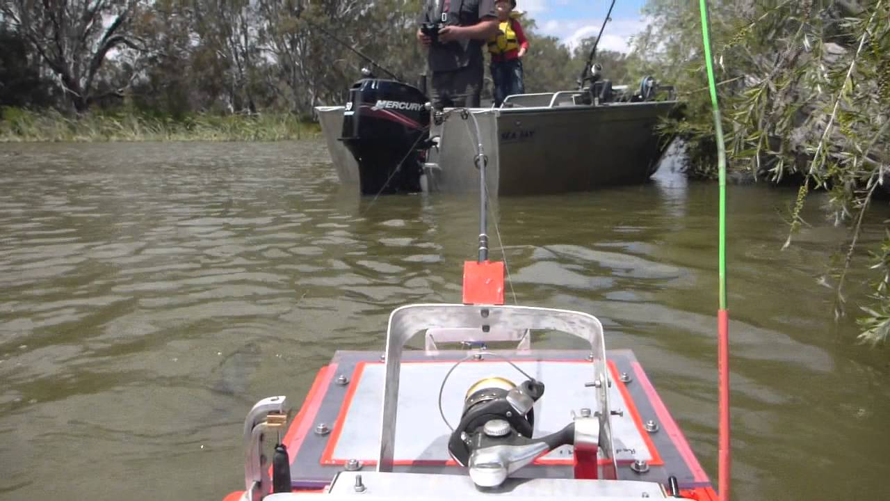 Interceptor gen 2 remote control fishing boat gets another for Remote control fishing boats