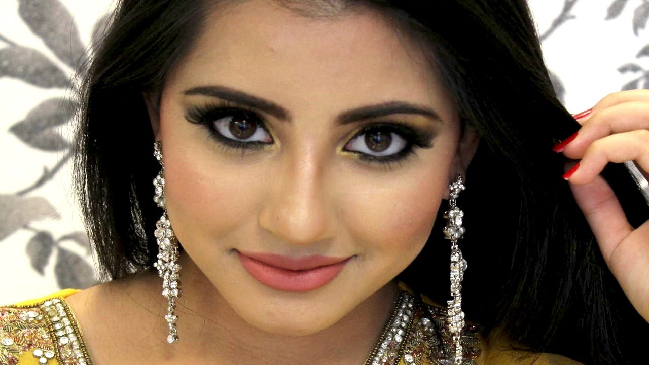 Smokey Eye Makeup Tutorial For Mehndi