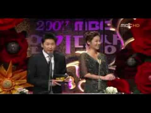 Joo Ji Hoon och Yoon Eun Hye dating 2012 faror med att dejta en osäker man