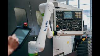 Space saving machine tending with FANUC CRX