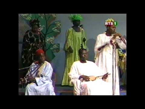 Ensemble Lyrique Feat Fambaye Issa DIOP Mayata