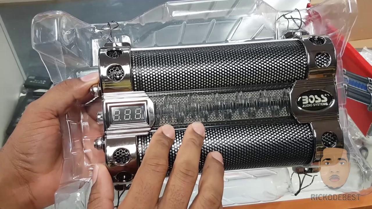 BOSS AUDIO CAP8 8 Farad Capacitor unboxing