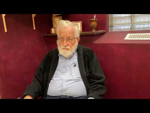 Noam Chomsky on Bernie Sanders's Chances of Success