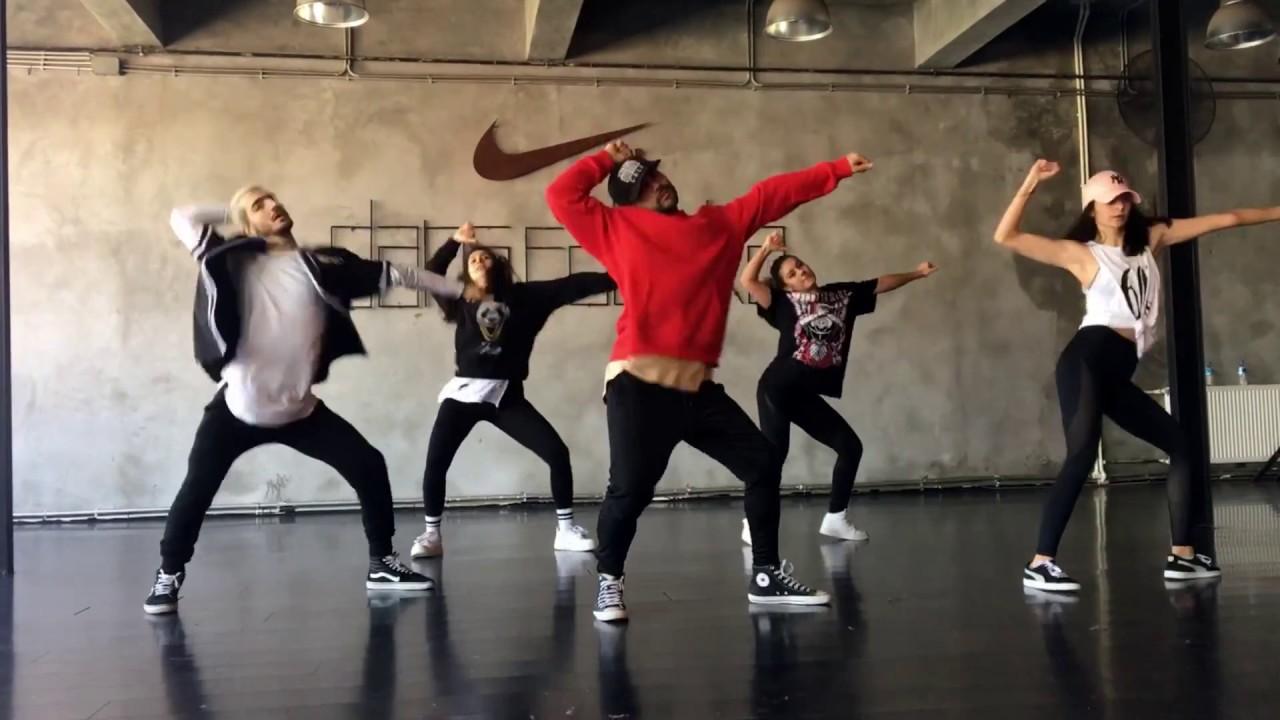 H p hop dans e t m aliyoruz dans fabrika youtube for Dans youtube