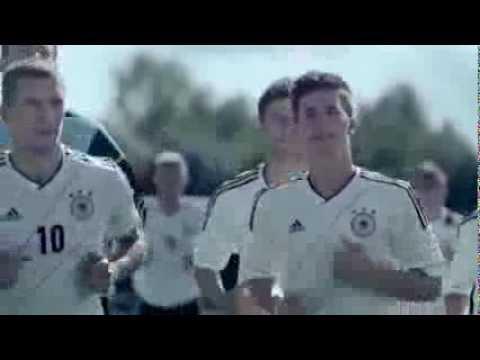 Áo thi đấu EURO 2012 của đội tuyển Đức