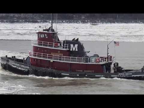 Doris Moran with cement barge, Hudson River