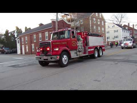 So Berwick ME - Rollinsford NH Holiday Parade - Lebanon Fire and EMS