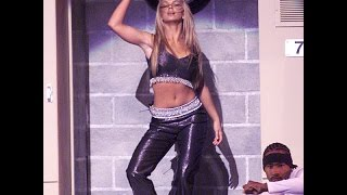 Britney Spears & Nsync Baby One More Time/tearin' Up My Heart @ Vma 1999