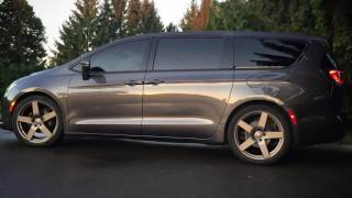 Project Vanessa, custom 2017 Chrysler Pacifica