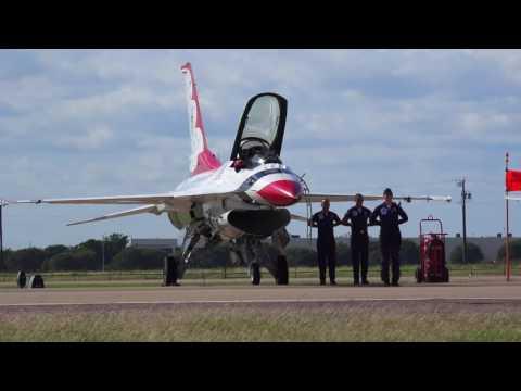 Thunderbirds DFW Alliance Airshow 2016