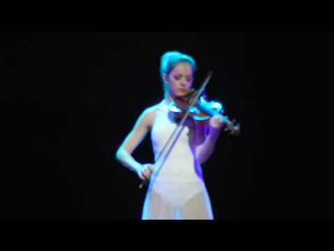 Lindsey Stirling - Hallelujah live in Rio 2017