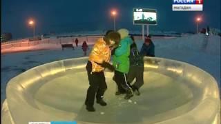 Магаданский ледяной городок сделали профи из Якутии