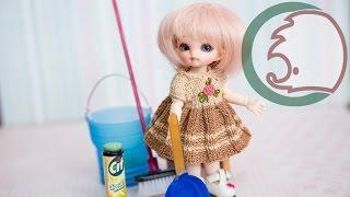 Швабра, ведро и средство для уборки. How to make cleaners and mop for dolls(Завтра Чистый четверг и куклам надо убрать в доме. Давайте им поможем и сделаем для них швабру, совок, ведро..., 2015-04-08T19:46:09.000Z)