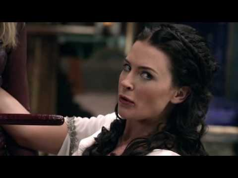 Legend of The Seeker - Cara and Kahlan 4