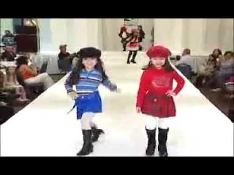 1884af453 اجمل عروض ازياء للاطفال - YouTube