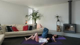 Yoga parent-enfant - quelques postures - 2ème partie