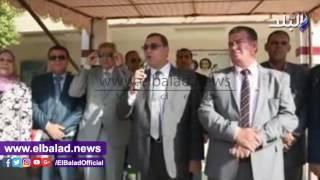 محافظ الفيوم يتفقد عددًا من المدارس.. فيديو وصور