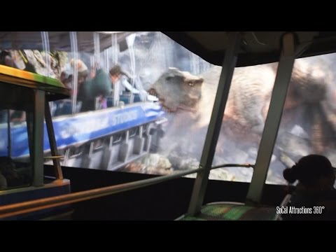 [Xtreme Low Light] King Kong 360 3-D Ride - World's Largest 3D Ride Experience - Universal